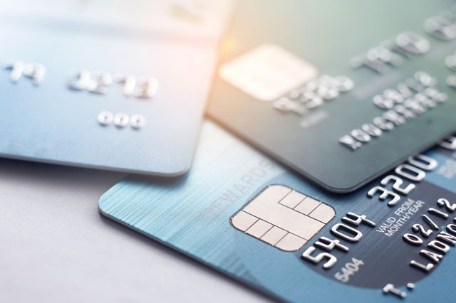 Confused about credit cards? Here's an explanation from an expert (Photo: Shutterstock)