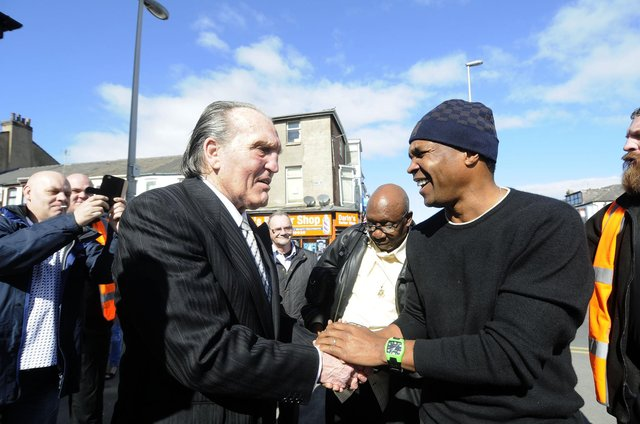 Hartlepool-born boxer Brian London, left, with legendary fighter Sugar Ray Leonard at the opening of Blackpool's New Albert sports bar.