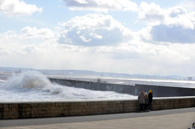 The cold weather looks set to continue this weekend in Hartlepool.