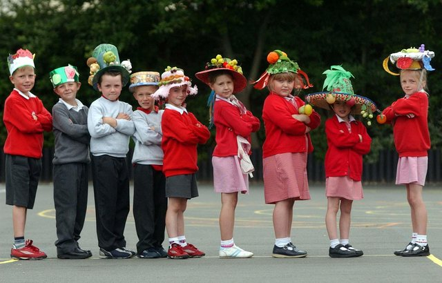 Who can you spot in this 2003 photo from Healthy Eating Day at Sacred Heart Primary School?