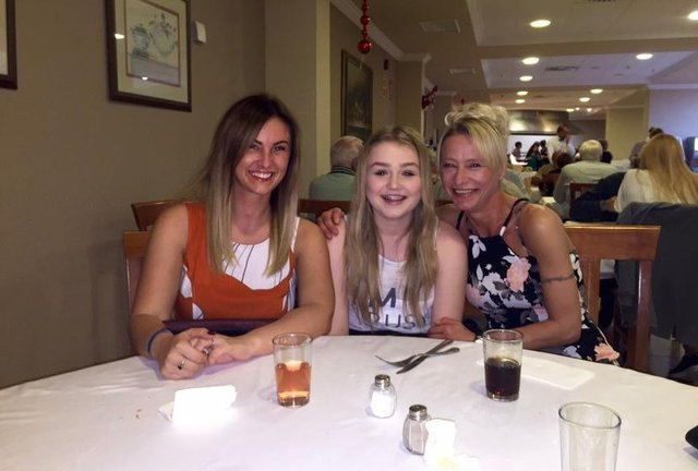Rachel Carr with her sister Chloe Harness and mam Wendy Cook.