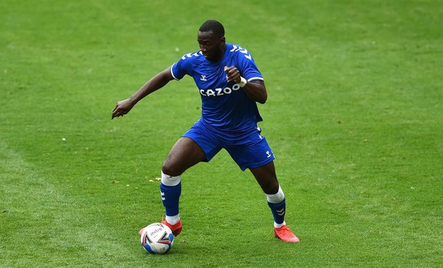 Yannick Bolasie playing for Everton.