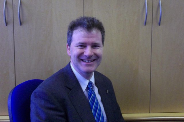 Hartlepool headteacher John Hardy is to receive an OBE for his services to education.