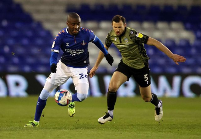 Dylan Bahamboula playing for Oldham Athletic.