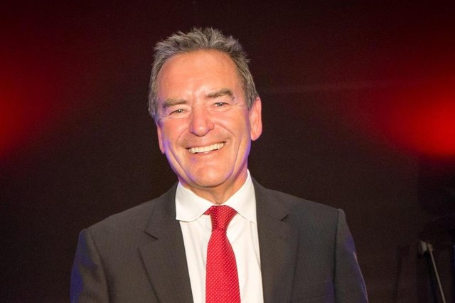 Jeff Stelling who has issued a lockdown message to Hartlepool's carers.