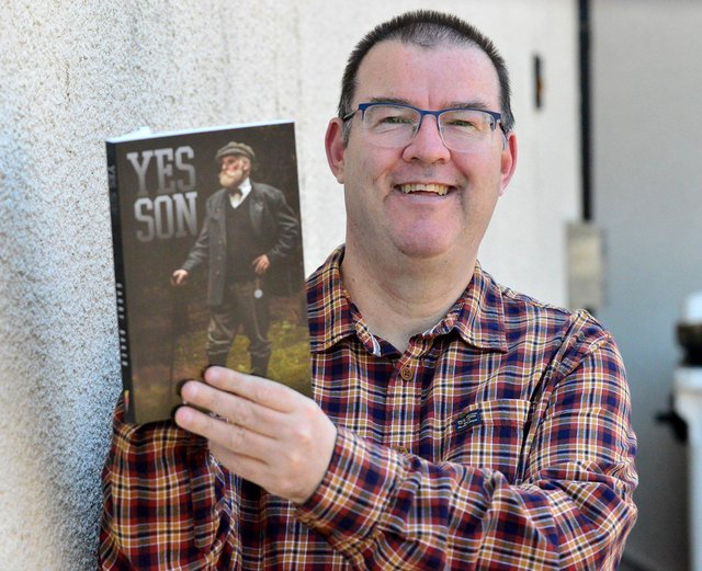 Gary Baker with his new book Yes Son. Picture by FRANK REID