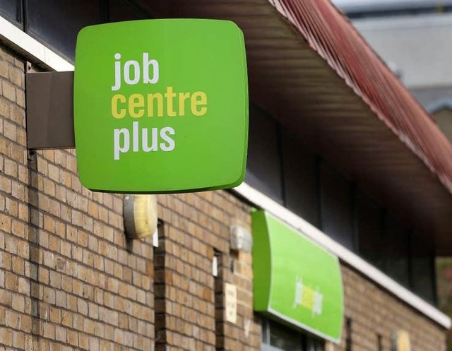 Rise in people on benefits