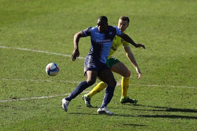Uche Ikpeazu playing for Wycombe Wanderers.