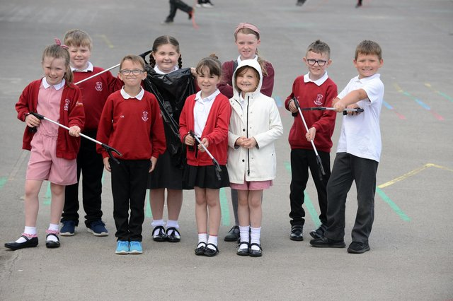 West View Primary School pupils prepare to litter pick around the school grounds.